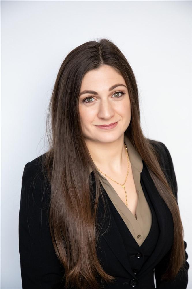 Bedoor Sais is a Staff Accountant for Considine & Considine in San Diego, CA.