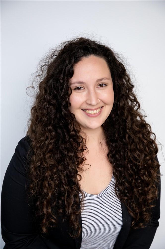 Alyson Mazzanti is an Administrative Assistant for Considine & Considine in San Diego, CA.